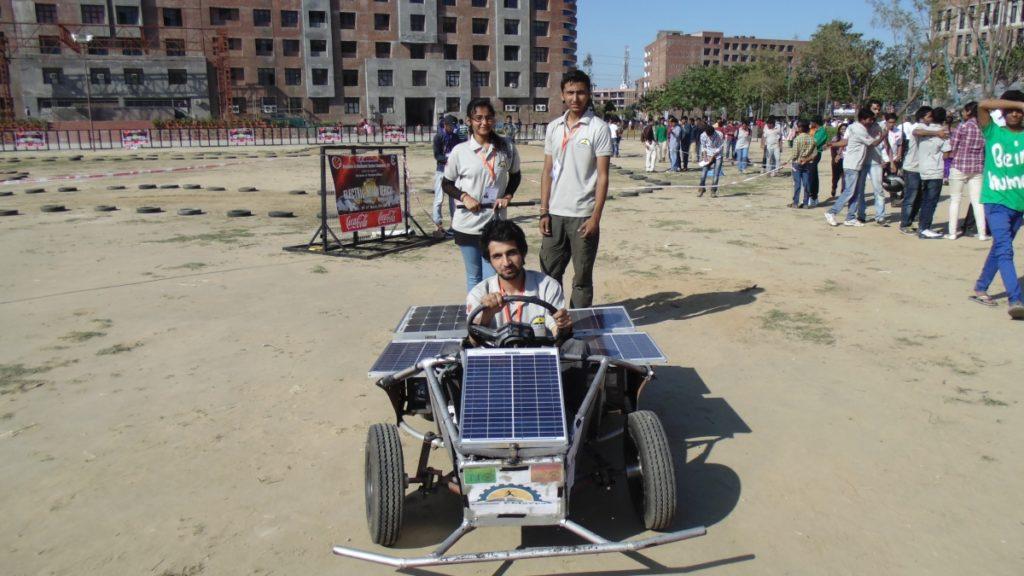 Solar Go-kart Team Ready Before Auto Cross