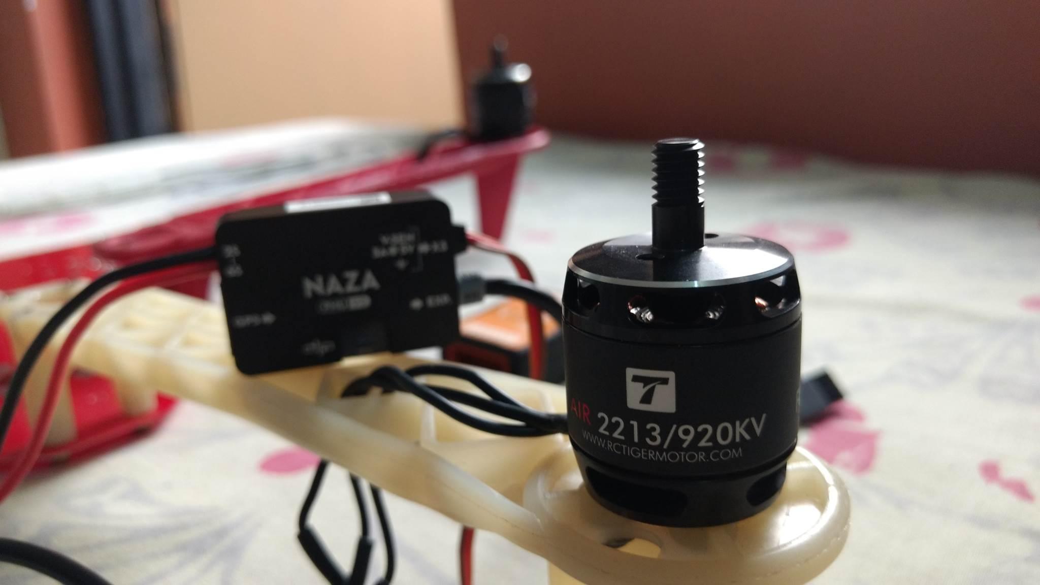 DJI AIR2213 920Kv BLDC Quadcopter Motor