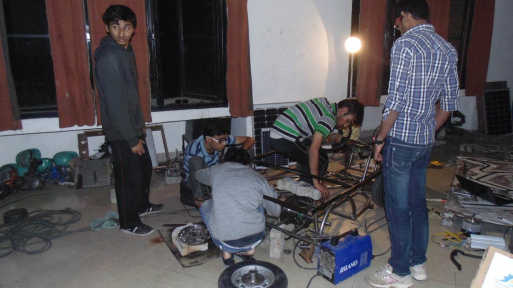 Solar Go-Kart Team Working