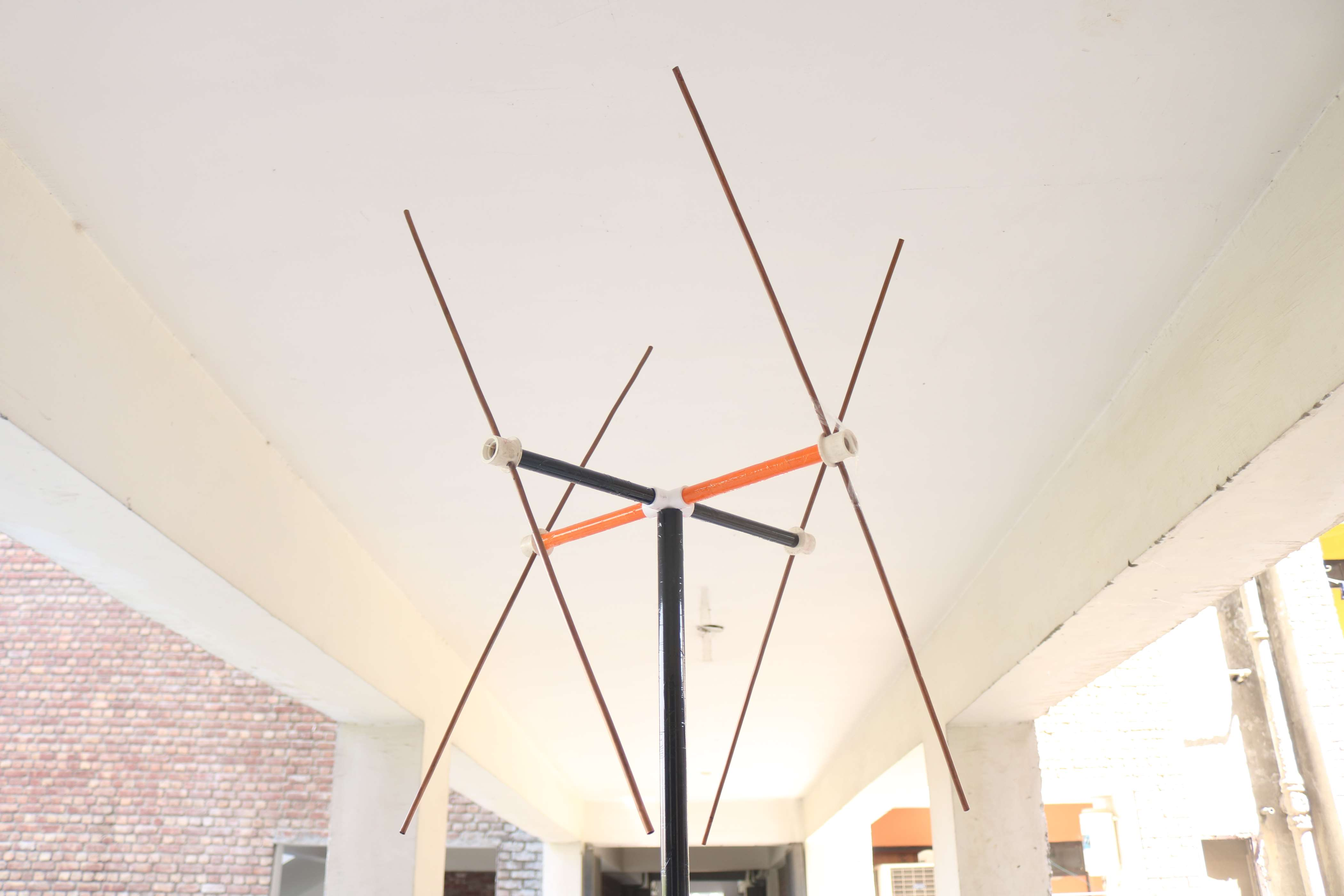 Double Cross Antenna for NOAA / METEOR Weather Satellite : 137 MHZ